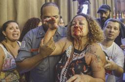 Ato contra previdência tem confronto e professores feridos