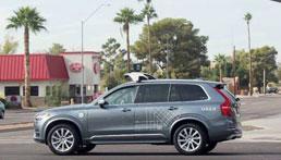 Mulher morre nos EUA após ser atropelada por carro autônomo