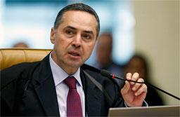 Barroso manda investigar acesso da defesa de Temer a dado sigiloso