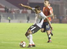 Jadson voltou a ser decisivo para o Timão em Avellaneda. Foto: Daniel Augusto Jr./Agência Corinthians