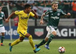 Vaiado após jogo contra o Boca Juniors, Lucas Lima é contestado por palmeirenses