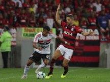 Rojas empolga São Paulo com boa atuação no Rio