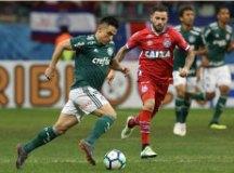 Com 1ª revisão do VAR, Palmeiras e Bahia empatam