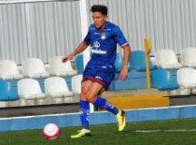 Isaac Prado comemora primeiro gol pelo São Caetano