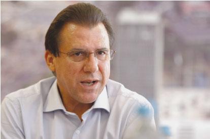 Justiça suspende decisão da Câmara que poderia tornar Luiz Marinho inelegível