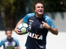 Cuca tem 44% de aproveitamento como visitante. Foto: Ivan Storti/Santos FC