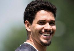 Lucas Veríssimo briga para reforçar o Santos em clássico contra o Corinthians