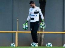 Vanderlei recebe proposta de clube brasileiro e pode deixar o Santos ao final da temporada