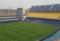 Tempestade e gramado alagado adiam a final da Libertadores para domingo