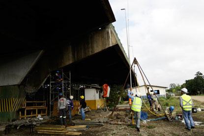 Viaduto tem risco de colapso, e trânsito da Capital entra em esquema de emergência