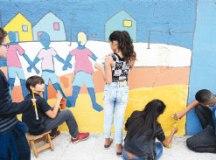 Projeto Arte Muralista dá novo visual a escola em Diadema