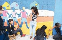 Alunos se inspiram em artistas como Miró e Ivan Cruz. Foto: Thiago Benedetti/PMD