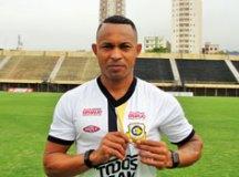 Emprestado pelo Azulão, atacante Ermínio reforça o Tigre na Série A2