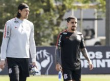 Referências da equipe do técnico Fábio Carille, lateral-direito e goleiro tinham vínculo até 2021, mas acertaram por mais um ano