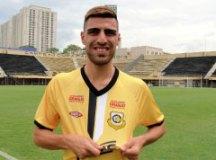 Lateral-direito Thiago Ennes chega ao Tigre após boa passagem pelo Náutico