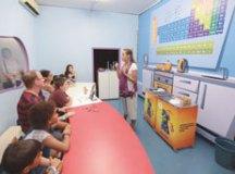 Ciência na cozinha é tema de oficinas nas férias da Sabina