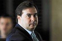 PR oficializa apoio à reeleição de Maia para comando da Câmara