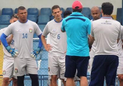 Na zona do rebaixamento e sem vencer no Estadual, Azulão inicia hoje sequência de seis partidas para garantir permanência na elite