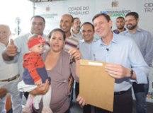 Prefeitura entrega mais 61 apartamentos no Jd. Silvina