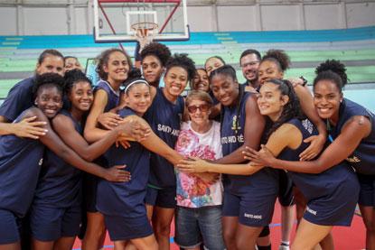 Morre Laís Elena, grande nome do basquete brasileiro