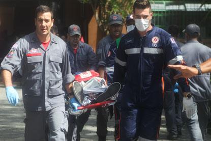 Atiradores invadem escola em Suzano, matam seis pessoas e se suicidam