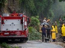 Temporal deixa Rio em estágio de crise; ao menos oito pessoas morreram