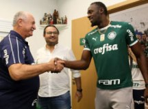 Vestido com a camisa alviverde, Bolt foi recebido por Felipão. Foto:  Fabio Menotti/Agência Palmeiras