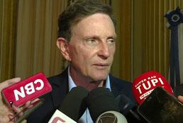 Câmara do Rio abre processo para afastar Crivella