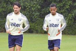 Pablo e Liziero tentam se recuperar para enfrentar o Corinthians no domingo
