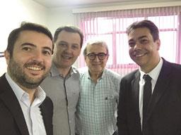 Gerentes do Sicredi visitam sede do Diário Regional nesta sexta-feira