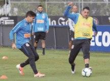 Carille mantém mistério e não dá pistas do Corinthians para jogo contra o Athletico-PR