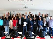 Michels posa ao lado dos novos conselheiros. Foto: Thiago Benedetti/PMD