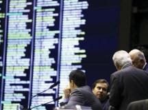 Deputados alteraram quatro pontos da proposta em plenário. Foto: Marcelo Camargo/Agência Brasil