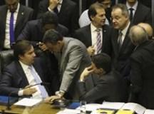 Câmara retoma votação de destaques da reforma da Previdência