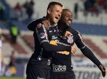 Corinthians elimina Wanderers e vai às quartas da Sul-Americana
