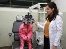 Alunos da rede municipal participam de força-tarefa de consultas e exames oftalmológicos
