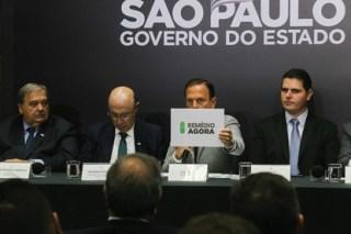 Governo de SP lança app inédito para agendar retirada de medicamentos