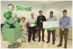 Sicredi sorteia dois carros e prêmios de R$ 5 mil na região