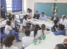 Morando sanciona lei que vincula vacinação a matrícula de alunos