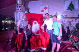 """lança """"Natal Luz"""" com árvore de 22 metros e tenda decorada na Esplanada do Paço"""