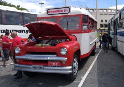 Exposição em São Paulo revela paixão pelo ônibus