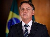 Bolsonaro vai à TV para defender uso da cloroquina