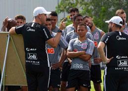 Com 13 atletas recuperados, Corinthians soma 21 casos de coronavírus