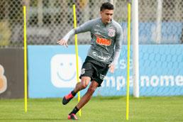 Cantillo é diagnosticado com covid-19 e desfalca Corinthians na volta do Paulista