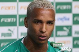Palmeiras negocia o empréstimo de Deyverson ao Alavés, da Espanha
