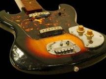 Guitarra de Jimi Hendrix é leiloada por mais de R$ 1 milhão