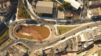 Trecho inaugurado faz parte do projeto de urbanização integrada dos córregos Saracantan e Colina. Foto: Omar Matsumoto/PMSBC