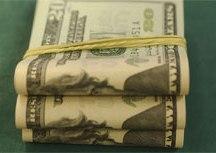 Com tensão no governo, dólar vai a R$ 5,61 e Bolsa cai 1,4%. Foto: Marcello Casal/Abr