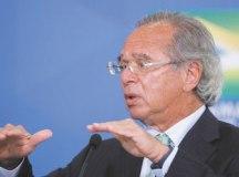 Guedes também informou que o governo anunciará novas medidas na terça-feira. Foto: Alan Santos/PR