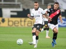 Corinthians volta a jogar mal e só empata sem gols com o Atlético-GO